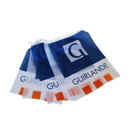 Guirlande en Textile personnalisée - vue fanions - MACAP