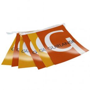 Guirlande en Plastique personnalisée - vue fanions -MACAP