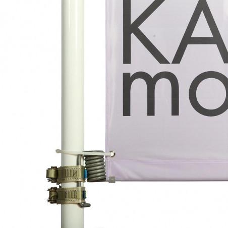 Kakémono pour lampadaire avec potence a ressort montage double - vue fixation basse - MACAP