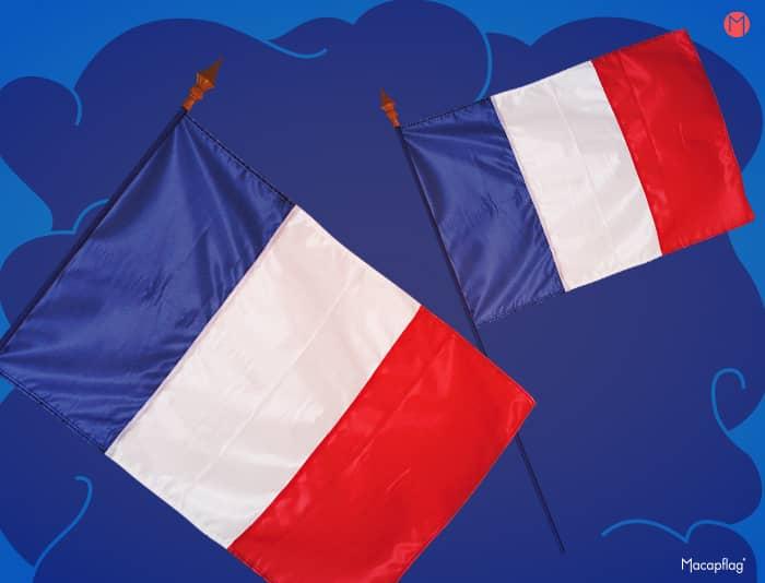 Drapeau France sur hampe disponible en plusieurs dimensions